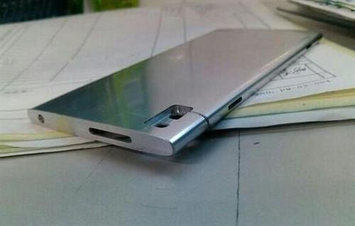 纤薄机身全铝制造 华为EDGE真机曝光