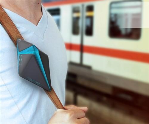 挤地铁必备!便携式空气净化器