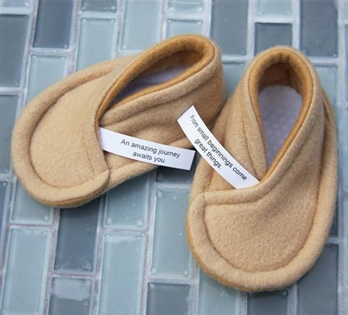 你喜欢大片中的签饼吗?签饼婴儿鞋推出