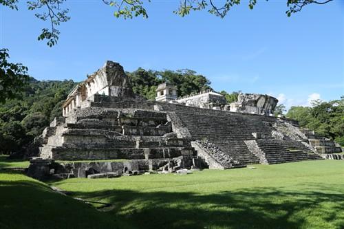 华硕助力完成国人首次玛雅水下墓穴探险