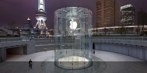 上海浦东苹果店玻璃台阶入口设计