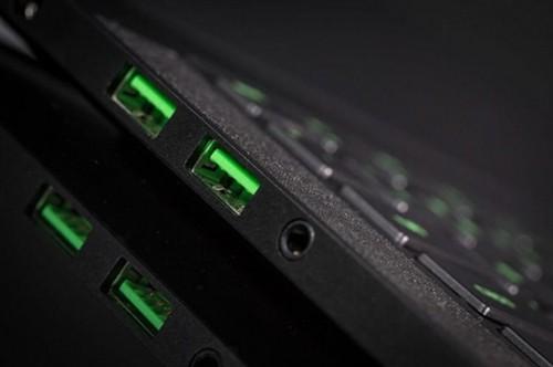 USB 3.0接口变绿色 雷蛇重金提升细节