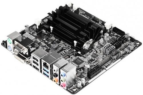 华擎推出采用DC电源的Q1900DC-ITX主板