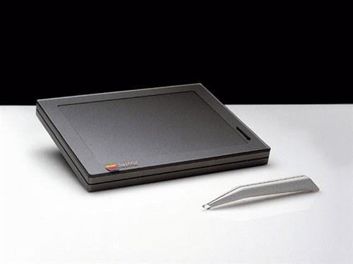 苹果第一次尝试设计的腕戴式设备披露
