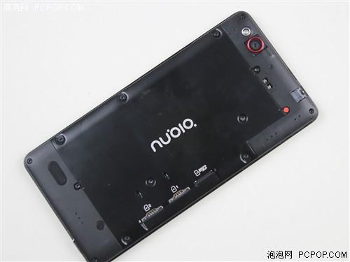 Nubia z7 max的后壳可拆卸,手机的主摄像头保护镜片