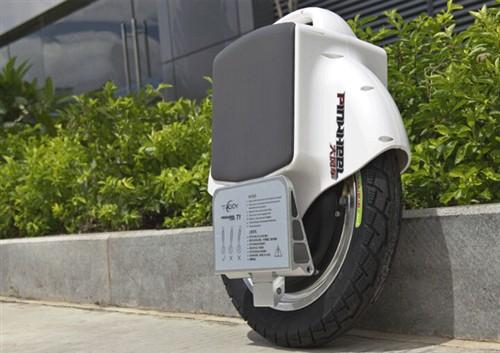 可换电池PINWHEEL T1独轮平衡车体验