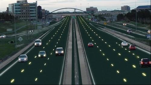 智能公路什么样?内置太阳能板/道路发光