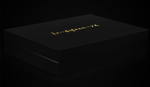 [视频]荣耀6至尊版开箱 是否值得买?