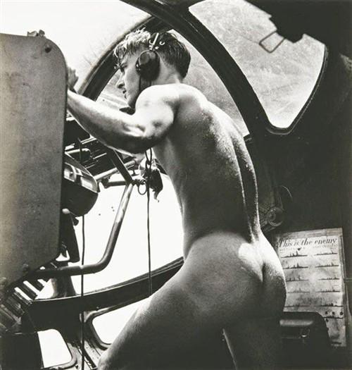 1944����e���� ��