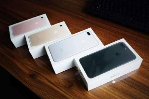 iPhone 7 Plus黑色版开箱图赏:手感不错