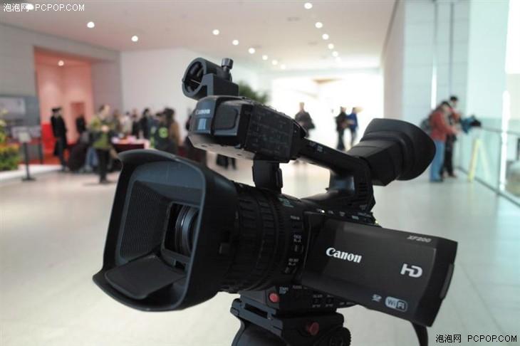 使用佳能XF200摄像机完成大型活动拍摄