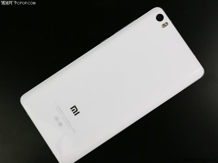 旗舰特色兼具 两千元档手机对比点评