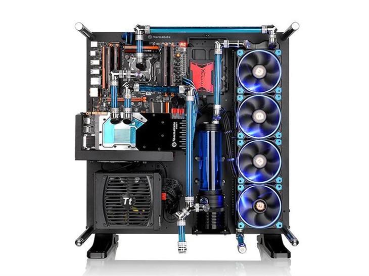 脑洞大开创你所爱 Tt Core P5 MOD水冷箱