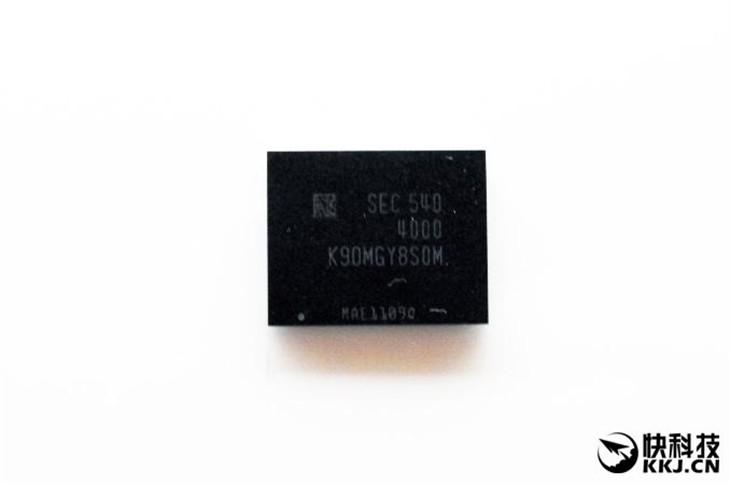 三星首款BGA封装迷你SSD:狂飙1.5GB/s