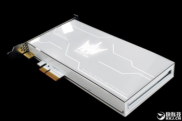 PCI-E SSD想一路狂飙 必须注意这几点