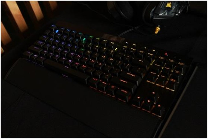 美商海盗船RapidFire键盘新品体验会
