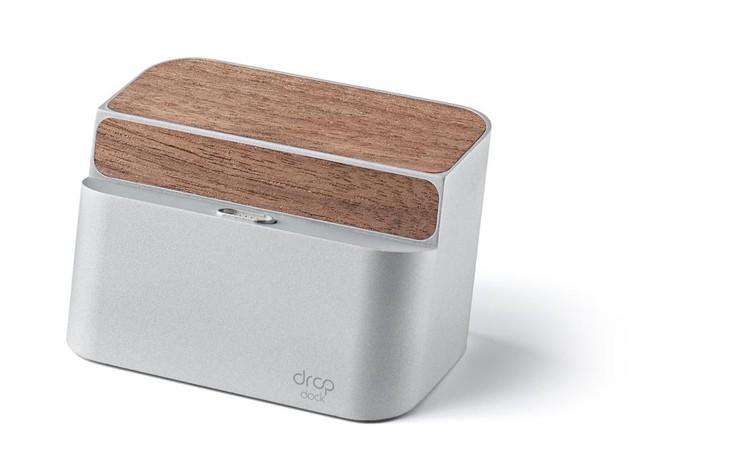 Drop Dock :一款磁力式无线移动电源