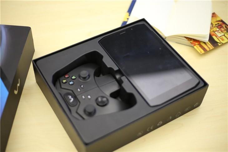 可变形的XBOX游戏机 WINK PAX评测