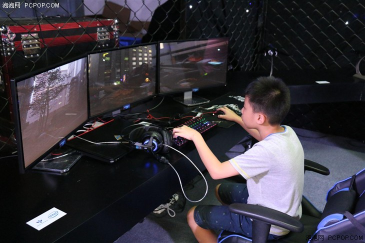 更高端更霸气 机械师夜鹰F117游戏本解析