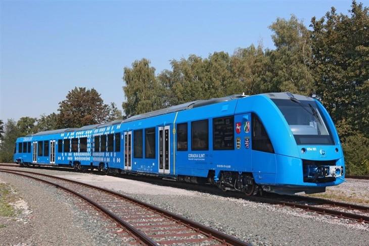 阿尔斯通氢燃料电池列车 续航达800公里