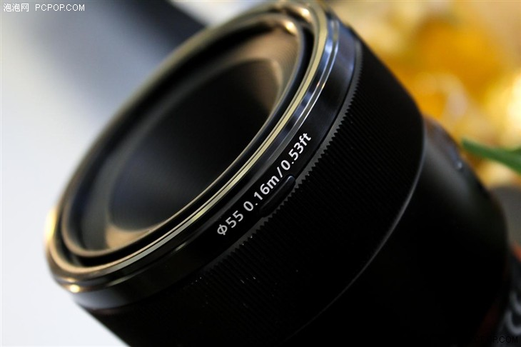 索尼FE 50mm F2.8微距