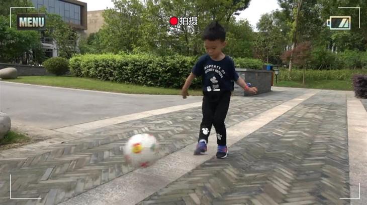 索尼摄像机AXP55 与孩子重温光阴故事