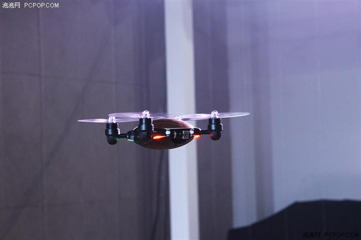 飞马机器人发布J.ME捷魅飞拍神器