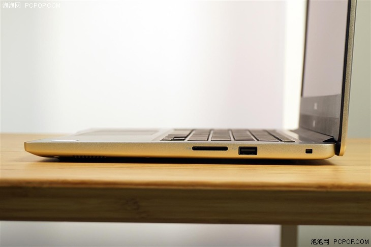 配HD620核芯显卡 14英寸戴尔燃7000评测