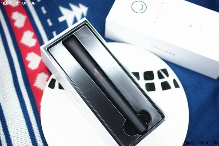 小欧的这款便携式的电动牙刷