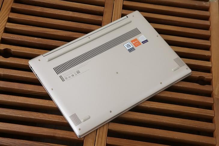 8代酷睿加持!联想ideapad 720S轻薄本评测_联