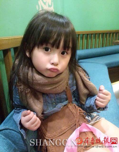 泡美美 动态 正文    人气增加的刘楚恬可爱的外貌也受到了关注,出演