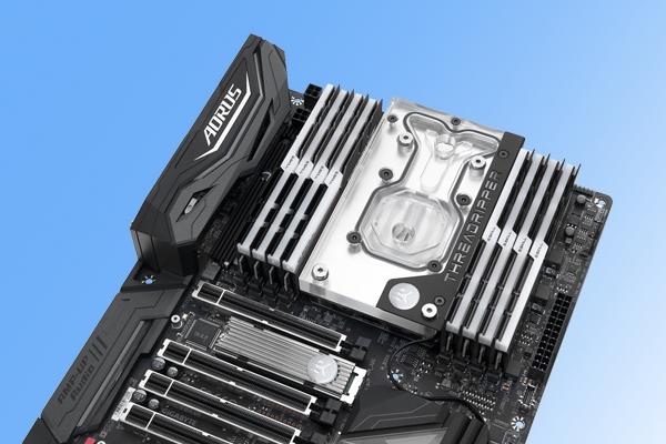 技嘉X399主板定制水冷头:支持RGB灯效!