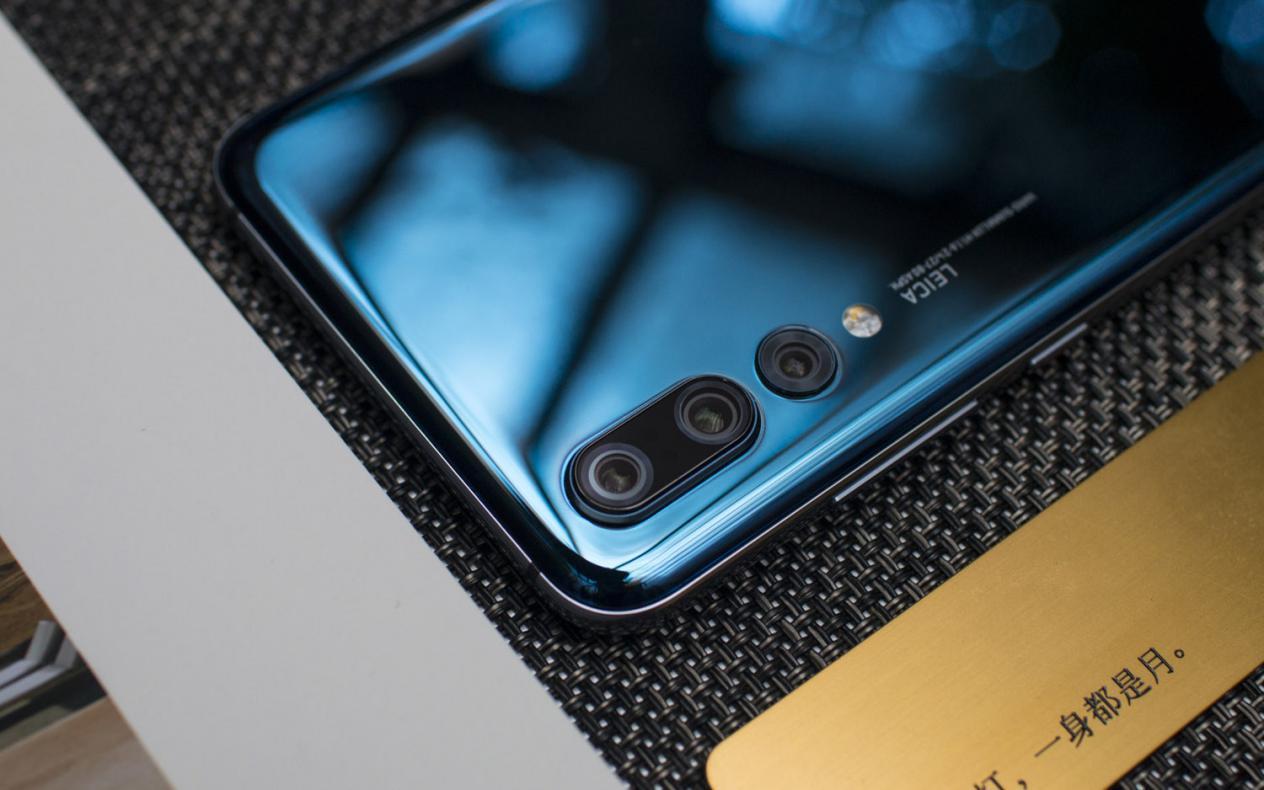 """手机也能""""打鸟"""" 华为P20 Pro受专业摄影师青睐"""