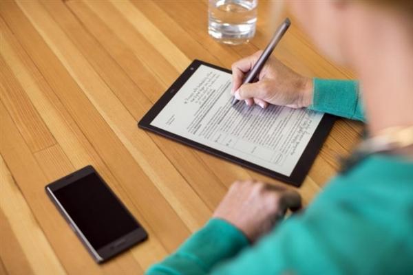索尼发布10寸数字平板:电子墨水屏+超长续航