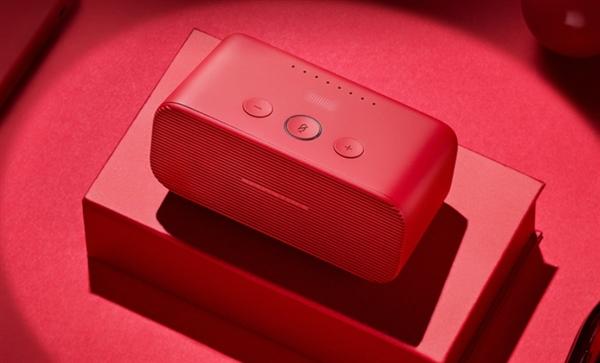 天猫精灵方糖智能音箱新配色亮相:支持声纹识别