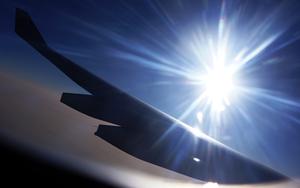 飞机上感受黄昏之美 索尼A55拍摄日落