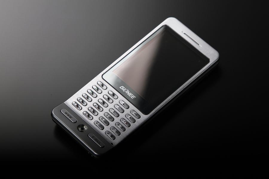 睿智本色商务手机 金立A800真机图赏