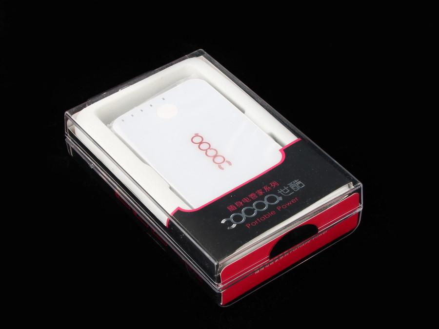 非常像iPhone4!世酷5000mAH电池测试