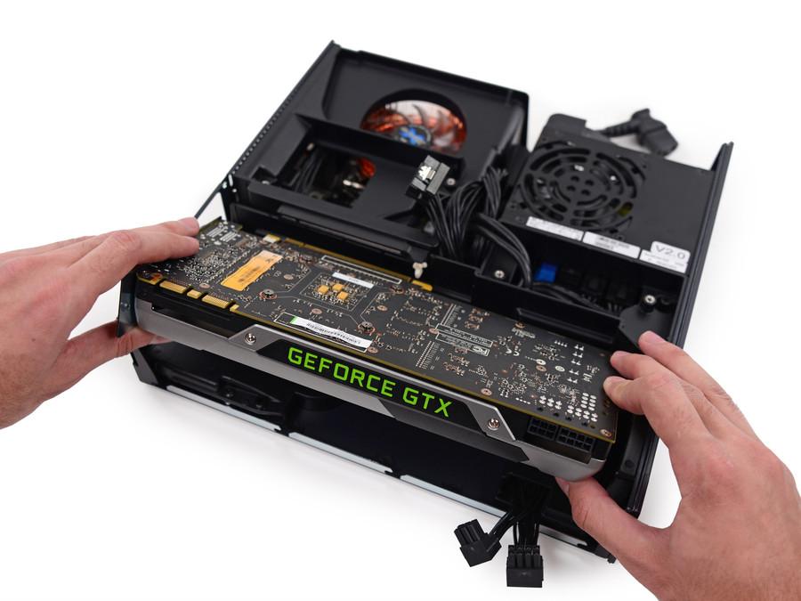 11/32 拆开主机,其内部结构一目了然,硕大的gtx780显卡几乎占了主机