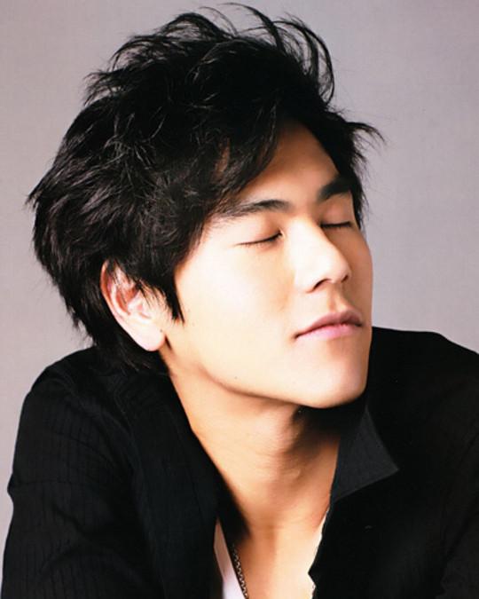 彭于晏清爽发型演绎30 成熟男人魅力图片图片