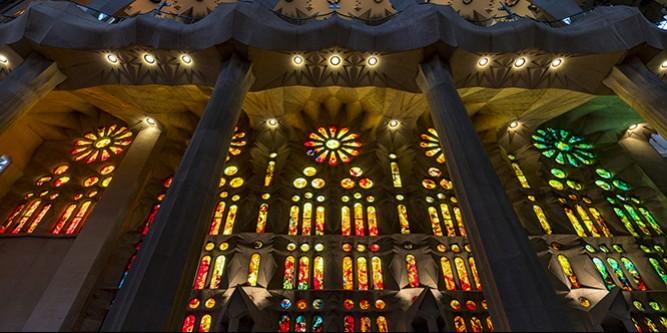 索尼A7RM3行摄欧洲:西班牙130多年还未建成的大教堂