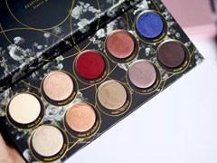 泡美美丨最新上市的这一盘,分分钟搞定全脸妆容。