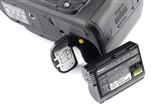 尼康D7000 单反机身电池仓图片
