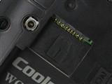 酷派7260扩展卡槽图片