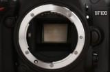 尼康D7100 单反机身细节图片2