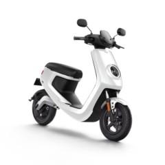 小牛M1智能电动踏板车 都市标准版M1/都市安全版M1 白色 都市版 都市标准版