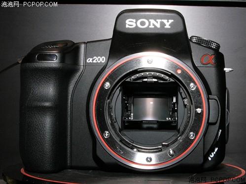 价格堪比卡片相机 索尼α200卖2000多