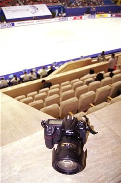 追踪冰上舞者 尼康D300s极端试用体验