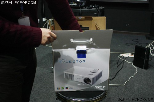 720p+3D+高亮!Acer首款家用投影评测