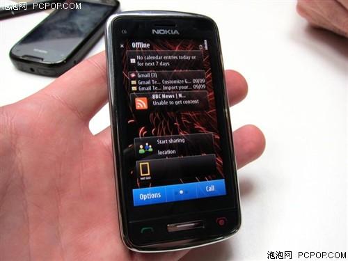诺基亚C6-01手机
